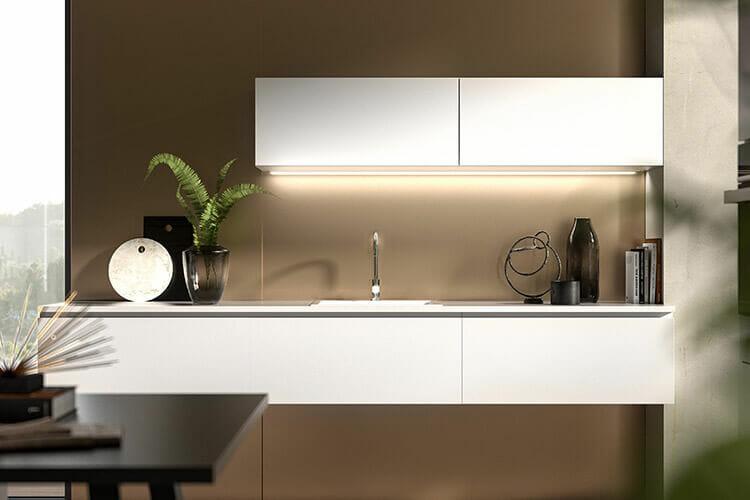Küchenzeile als Lowboard in Kristallweiß